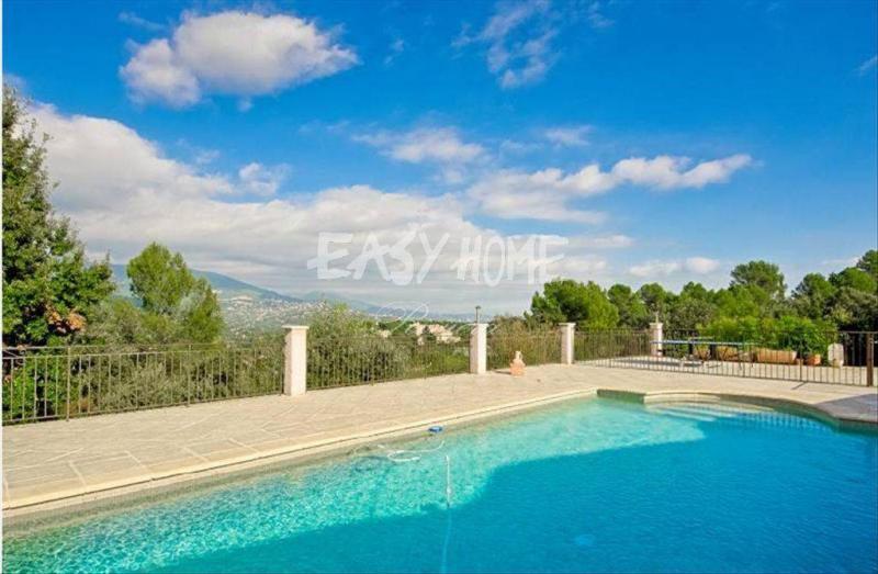 Prestige-Villa PEYMEINADE, 240 m², 5 Schlafzimmer, 935000€