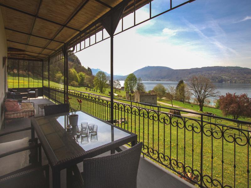 Prestige House ANNECY LE VIEUX, 350 m², 6 Bedrooms, €3675000