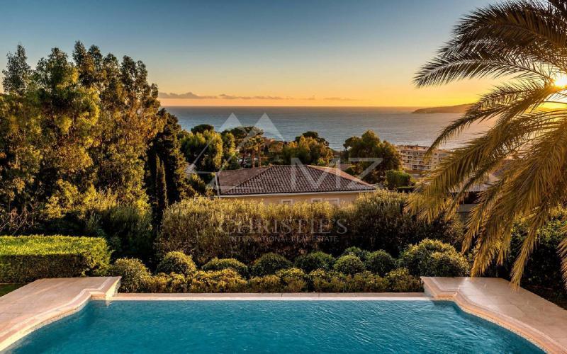 Luxury House for rent CAP D'AIL, 350 m², 7 Bedrooms,