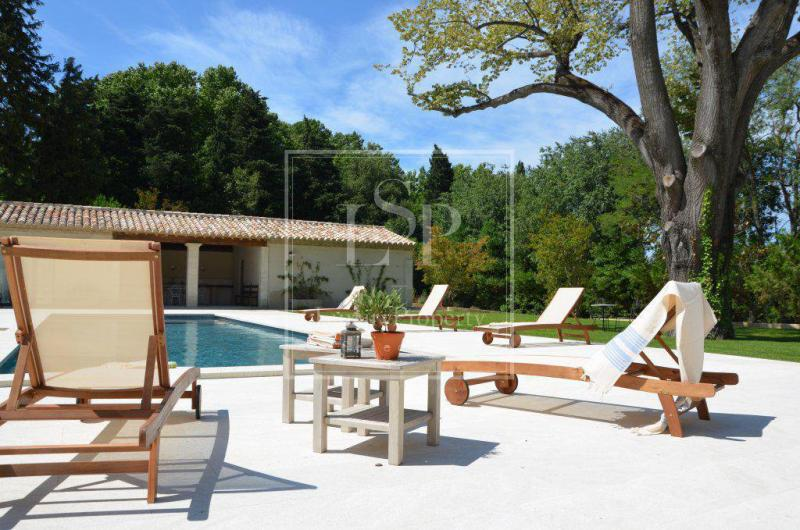 Luxury House for rent SAINT REMY DE PROVENCE, 420 m², 5 Bedrooms