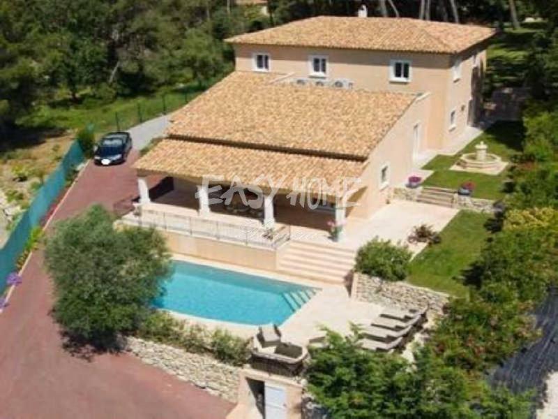 Villa de prestige MOUGINS, 300 m², 4 Chambres, 1590000€