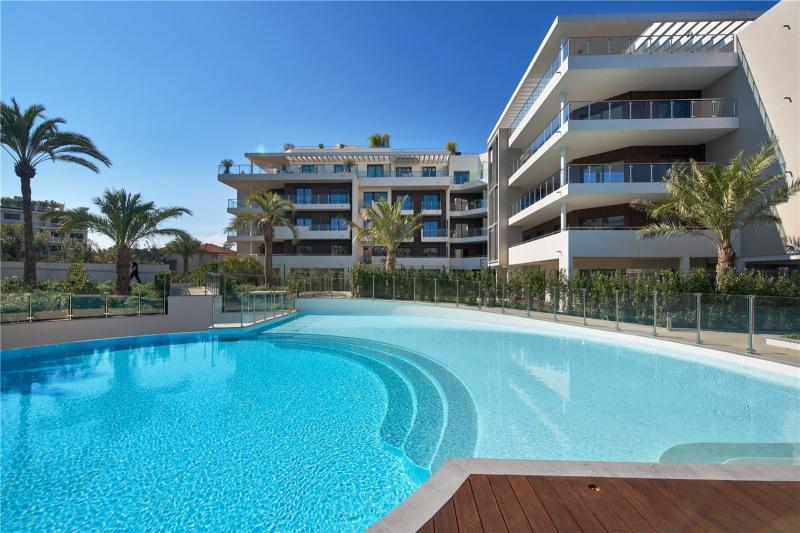 Prestige-Wohnung CAP D'ANTIBES, 115119 m², 3 Schlafzimmer, 2150000€