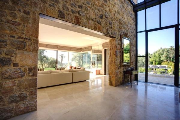 Maison de luxe à louer LE ROURET, 6 Chambres