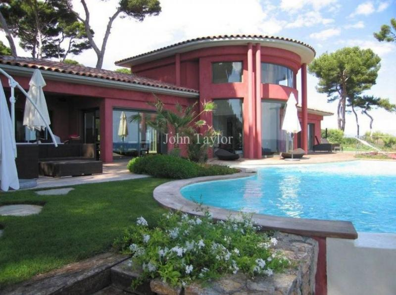 Luxury House for rent ANTIBES, 320 m², 5 Bedrooms,