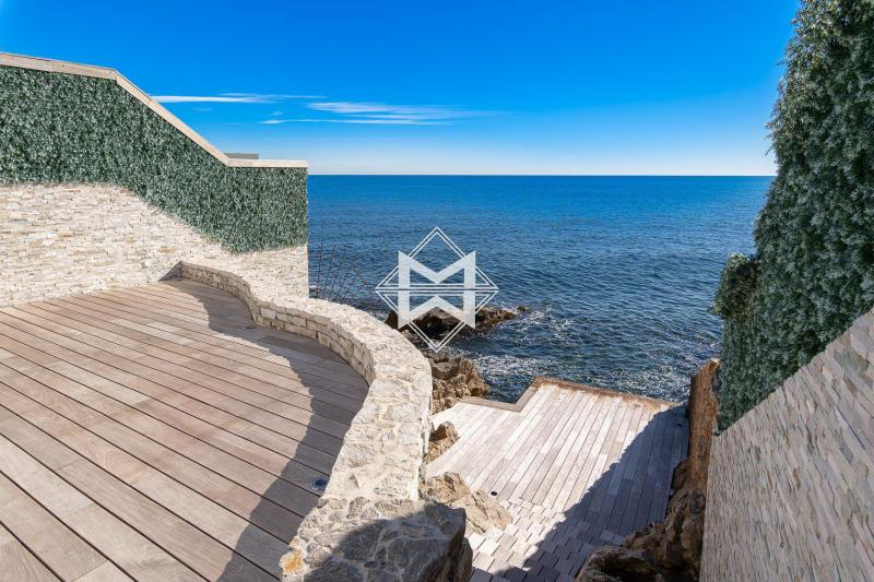Luxury House for rent CAP D'ANTIBES, 1000 m², 8 Bedrooms,