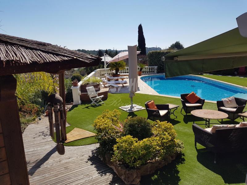 Villa de prestige MOUGINS, 340 m², 5 Chambres, 1490000€