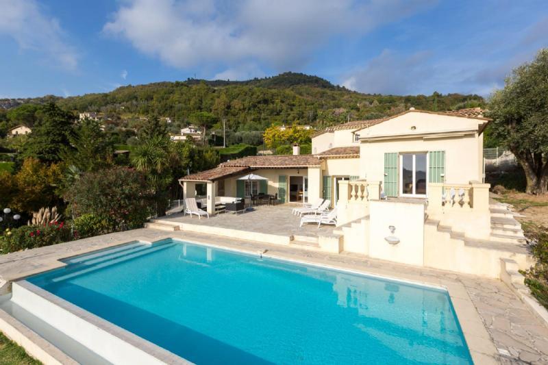 Propriété de prestige VENCE, 192 m², 5 Chambres, 1095000€
