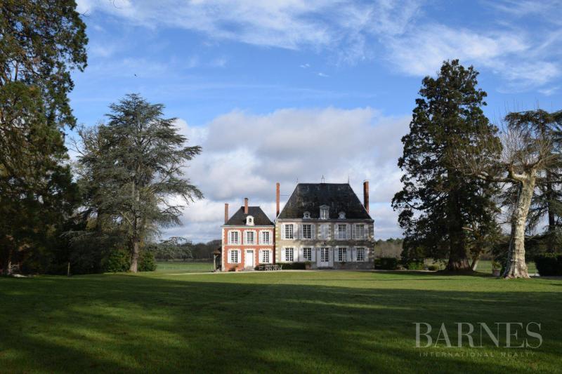 Verkoop Prestigieuze Huis LAMOTTE BEUVRON