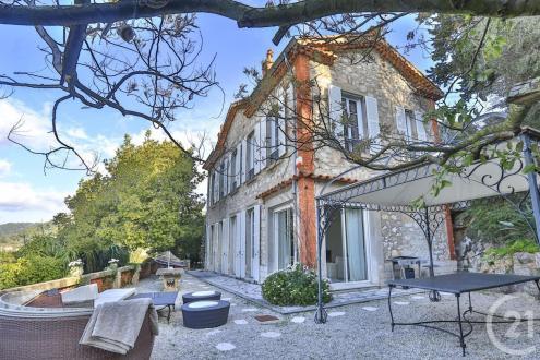 Дом класса люкс на продажу  Ницца, 182 м², 3 Спальни, 2028000€