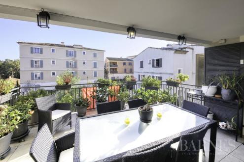 Appartement de luxe à vendre SAINT TROPEZ, 105 m², 3 Chambres, 1300000€