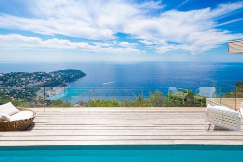 Maison de luxe à louer ROQUEBRUNE CAP MARTIN, 350 m², 5 Chambres,