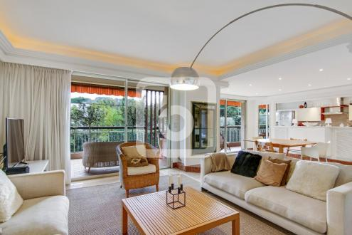 Luxury Apartment for sale CAP D'ANTIBES, 119 m², 3 Bedrooms, €1080000