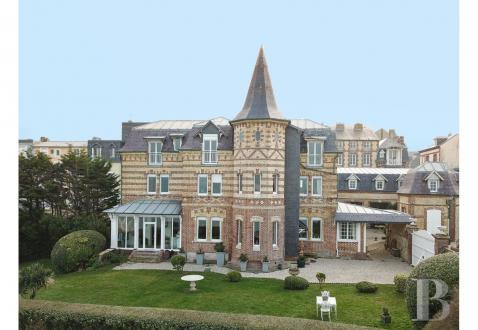 Luxus-Haus zu verkaufen TROUVILLE SUR MER, 200 m², 5 Schlafzimmer, 3150000€