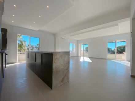 Appartamento di lusso in vendita FREJUS, 116 m², 4 Camere, 840000€