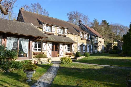 Luxury Property for sale PACY SUR EURE, 444 m², 8 Bedrooms, € 590 000