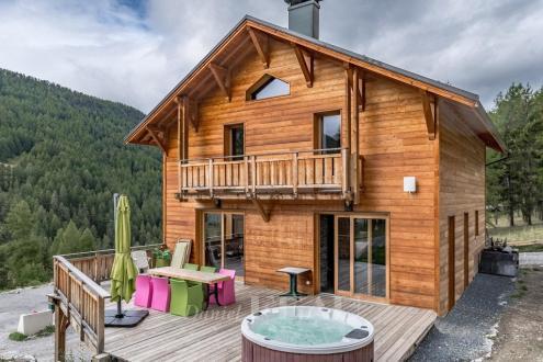 Luxus-Chalet zu verkaufen VARS, 190 m², 5 Schlafzimmer, 880000€