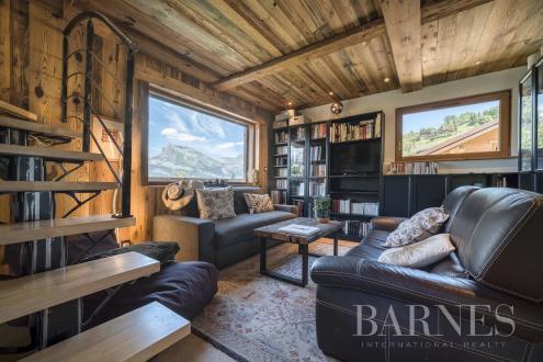 Luxe Landhuis te koop COMBLOUX, 227 m², 6 Slaapkamers, 1850000€