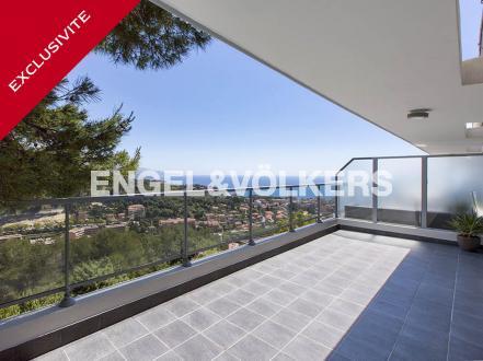 Appartement de luxe à vendre ROQUEBRUNE CAP MARTIN, 75 m², 2 Chambres, 735000€