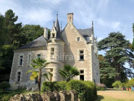 Luxus-Schloss / Herrenhaus zu verkaufen GENNES, 450 m², 5 Schlafzimmer, 1190000€