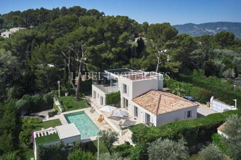 Luxury House for sale MOUGINS, 300 m², 4 Bedrooms, €3200000