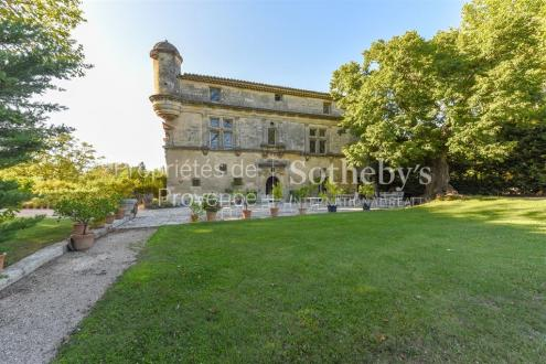 Propriété de luxe à vendre EYGALIERES, 1200 m², 11 Chambres, 8990000€