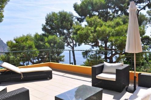 Дом класса люкс на продажу  Эз, 180 м², 4 Спальни, 1690000€