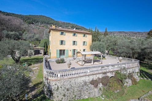 Maison de luxe à vendre GRASSE, 336 m², 8 Chambres, 3490000€