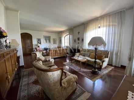 Вилла класса люкс на продажу  LUCCA, 380 м², 3 Спальни
