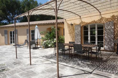 Maison de luxe à vendre SAINT MARC JAUMEGARDE, 205 m², 5 Chambres, 1095000€
