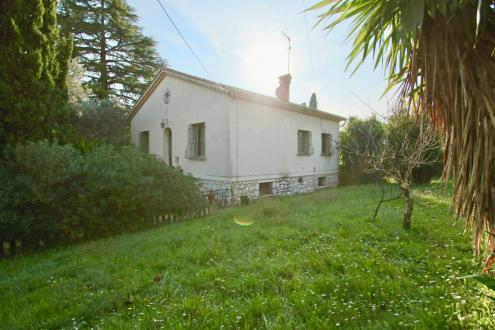 Дом класса люкс на продажу  Ла-Коль-Сюр-Лу, 190 м², 3 Спальни, 540000€