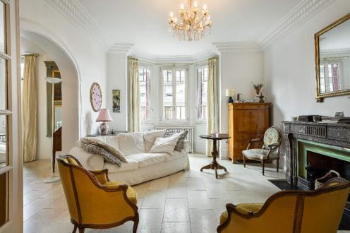 Квартира класса люкс на продажу  Аннеси, 163 м², 4 Спальни, 1407000€