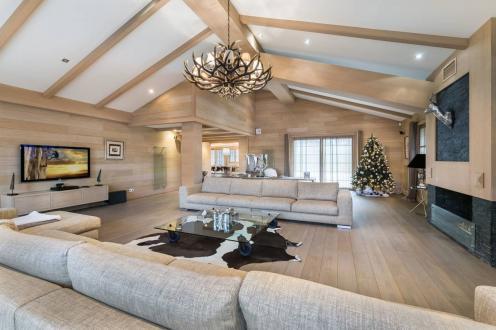Chalet de luxe à vendre COURCHEVEL, 621 m², 5 Chambres