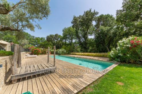 Villa de luxe à vendre GRIMAUD, 250 m², 4 Chambres, 1690000€