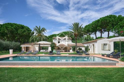 Вилла класса люкс на продажу  Раматуель, 288 м², 6 Спальни, 5800000€