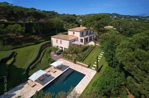 Maison de luxe à louer SAINT TROPEZ, 360 m², 6 Chambres,