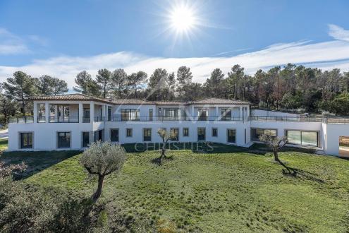 Maison de luxe à vendre TOURRETTES, 750 m²
