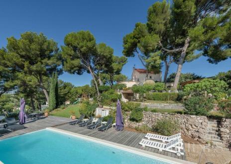Maison de luxe à vendre MARSEILLE, 212 m², 5 Chambres, 1259000€