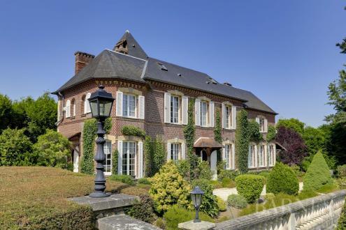 Propriété de luxe à vendre BERNAY, 260 m², 870000€