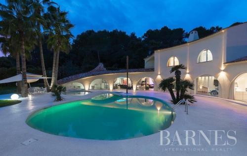 Luxus-Haus zu vermieten MOUGINS, 500 m², 5 Schlafzimmer,