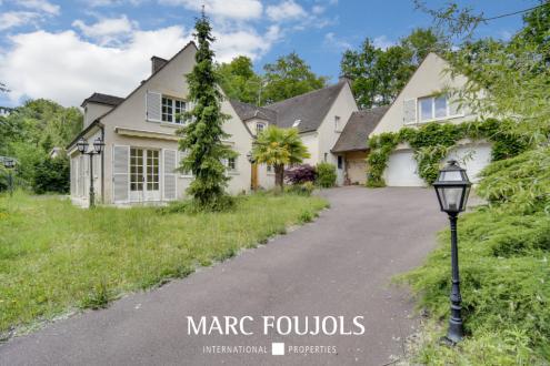 Maison de luxe à vendre SENLIS, 325 m², 5 Chambres, 649000€