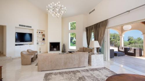 Luxus-Haus zu vermieten CAP D'AIL, 400 m², 5 Schlafzimmer,