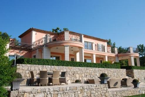 Villa de luxe à vendre TOURRETTES, 315 m², 4400000€