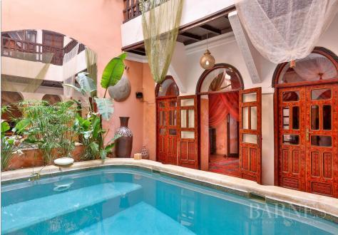 Maison de luxe à vendre MARRAKECH, 370 m², 7 Chambres, 660000€