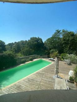 Maison de luxe à vendre NIMES, 220 m², 5 Chambres, 719000€