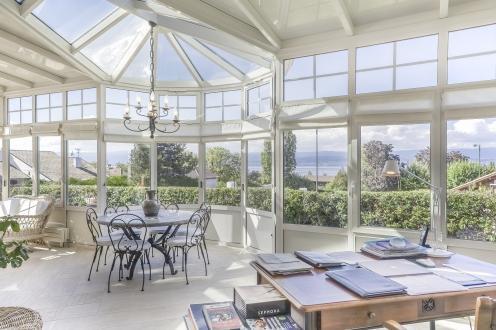 Luxus-Haus zu verkaufen THONON LES BAINS, 255 m², 4 Schlafzimmer, 1090000€