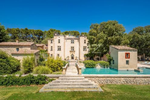 Château / Manoir de luxe à vendre PERTUIS, 925 m², 16 Chambres, 3900000€