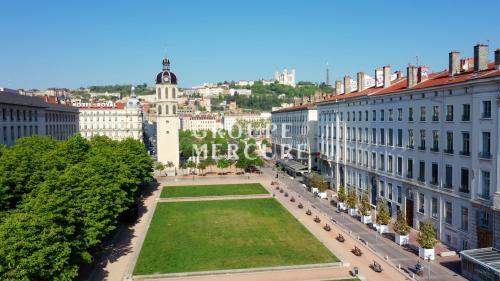 Appartamento di lusso in vendita Lione, 160 m², 4 Camere, 1250000€