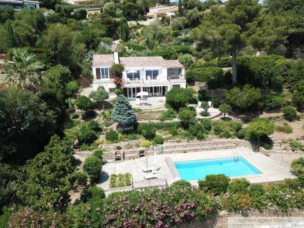 Propriété de luxe à vendre LE LAVANDOU, 170 m², 5 Chambres, 2400000€