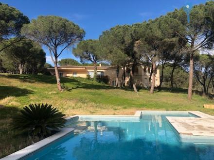Maison de luxe à vendre Espagne, 555 m², 7 Chambres, 1236000€