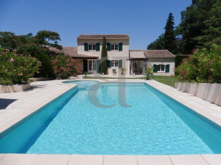 Luxury House for sale PERNES LES FONTAINES, 180 m², 4 Bedrooms, €756000